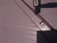 棟板金釘浮き