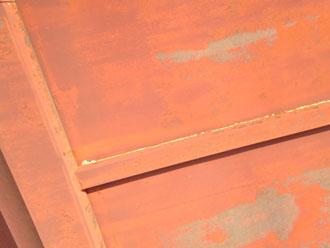 大多喜町 金属屋根の塗装劣化