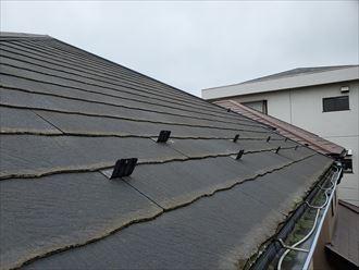 野田市岡田で行った屋根調査で塗装の剥がれを発見