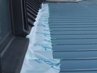面戸は全て新しいものへ交換、細かい部分の防水はシーリング材を充填