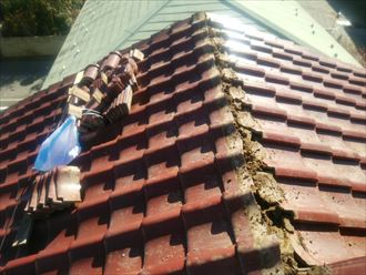 袖ケ浦市 棟瓦の解体