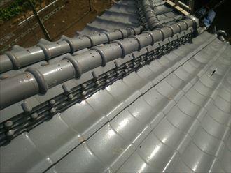 経年劣化による棟瓦のズレ、棟取り直し工事で改善|君津市