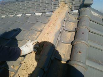 君津市 棟瓦の解体