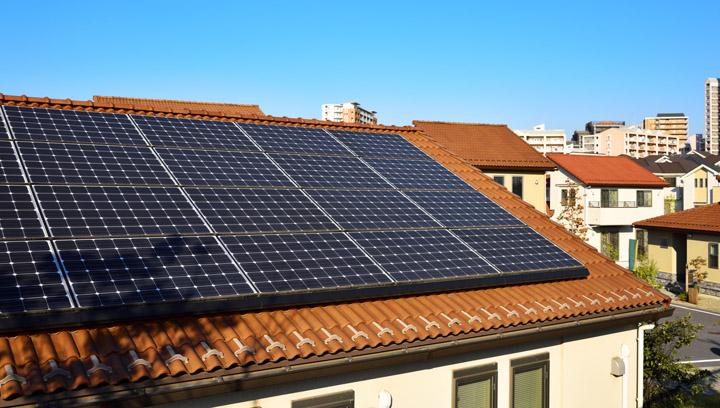 ソーラーパネルの重さってどれくらい?