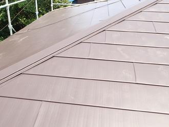 軽い屋根材