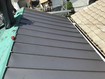 立平葺きによる屋根葺き替え