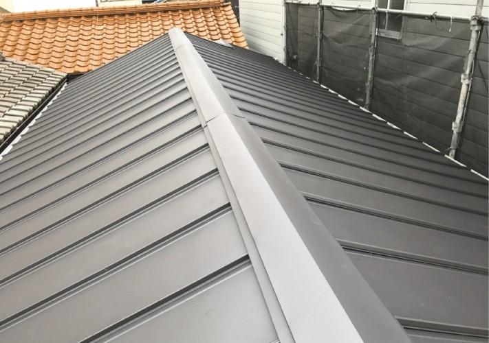 立平葺きで屋根葺き替え工事