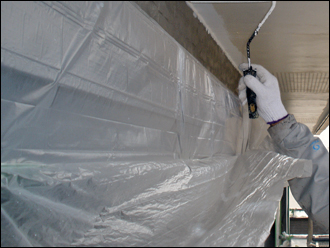 塗装中のビニール