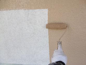 印旛郡栄町 外壁塗装 中塗り クリーンマイルドシリコン