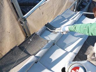 印旛郡栄町 セメント瓦塗装 下塗り