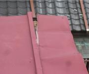 屋根材が浮いている・剥がれている