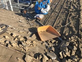 既存のセメント瓦の撤去完了