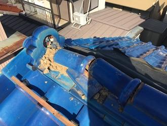 棟瓦の台風被害、冠瓦