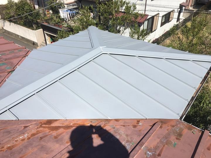スタンビーを使用した屋根葺き替え工事の完了