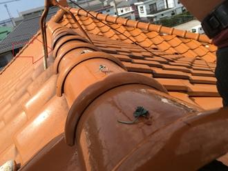 棟瓦のズレ、漆喰が原因