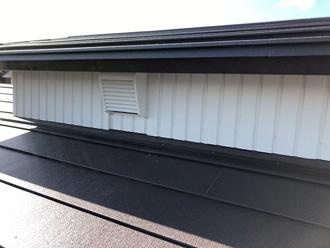 越屋根の通気口設置工事