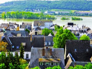 ヨーロッパの街並み、天然スレート