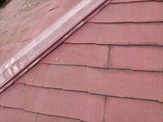 棟板金の塗装の剥がれ