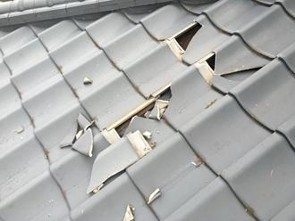 セメント瓦の割れ、強風の影響