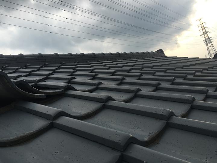 セメント瓦から金属屋根に葺き替え工事