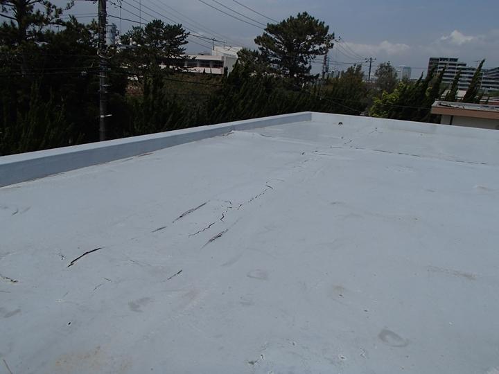 屋上防水の調査を実施