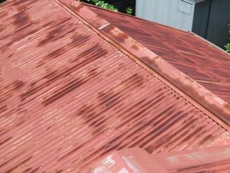 サビてしまった屋根材