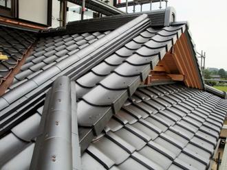 複雑な構造の屋根