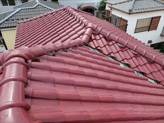 松戸市樋野口にて行った瓦屋根の調査の様子