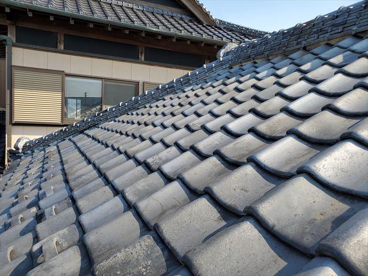 流山市松ケ丘で瓦屋根の漆喰調査