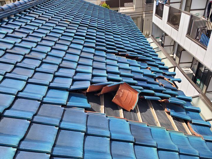 令和元年房総半島台風の影響で瓦屋根に被害