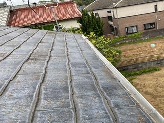 スレート屋根の調査、屋根全体の撥水切れ