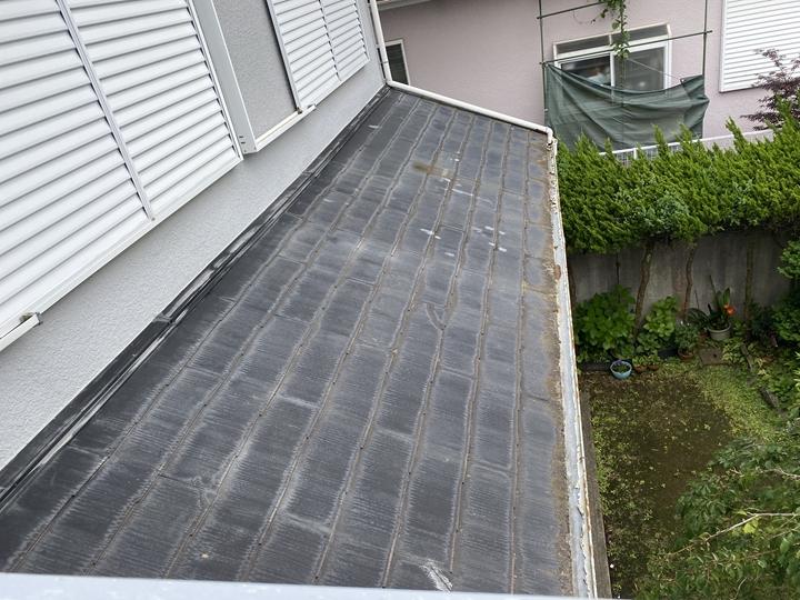 コロニアル屋根の調査を実施