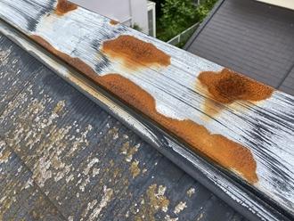 棟板金のサビと釘浮き