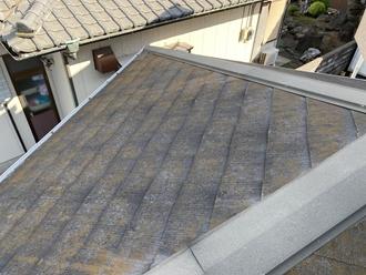スレート屋根の苔カビ北側