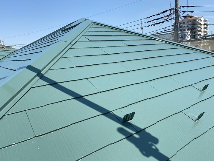 サーモアイSiで屋根の塗装工事完了