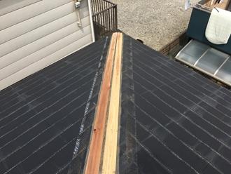 新規貫板の取り付け