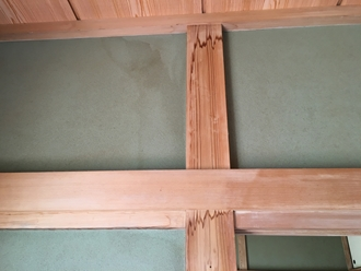 室内の雨漏り調査、雨染み