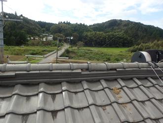 2階屋根の棟瓦