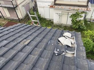 セメント瓦の台風被害