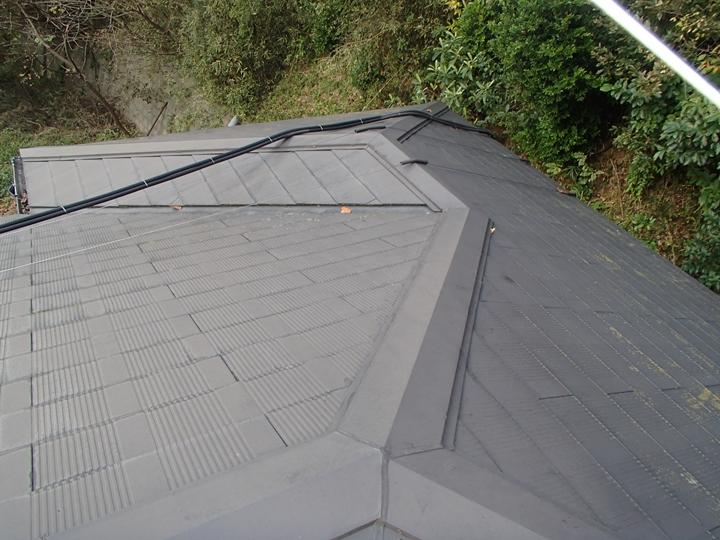 コロニアル屋根の調査、塗装