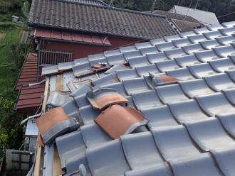 台風15号による瓦屋根の被害