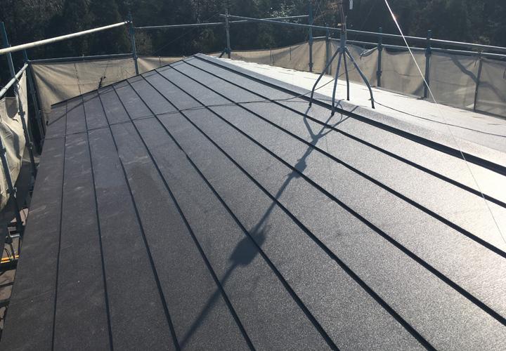 屋根葺き替え工事が竣工