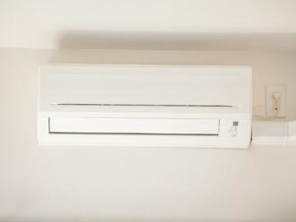 トップライトを取り付けることでエアコンの使用頻度も減らせます