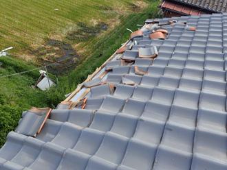 台風による瓦屋根の被災状況