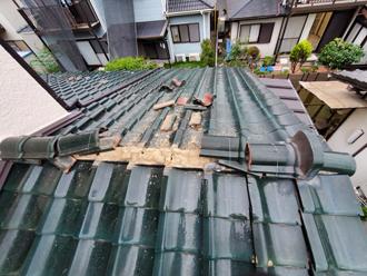 台風15号によって崩壊してしまった下屋の棟