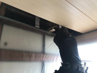 室内の天井張替え工事