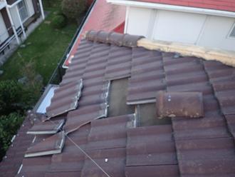 台風15号によって被災してしまったセメント瓦の屋根