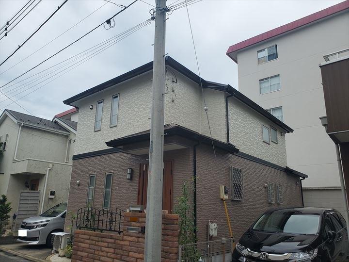 屋根塗装工事にてサーモアイ4Fを使用、外壁塗装工事にてファイン4Fセラミックを使用