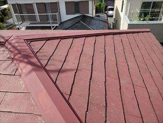 令和元年房総半島台風の影響で隅棟の棟板金が破損