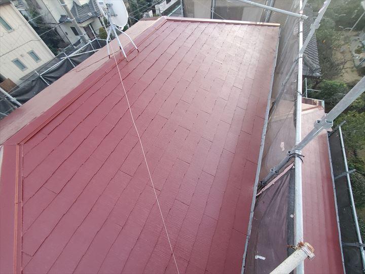 棟板金交換工事と屋根塗装工事が完了